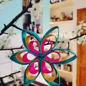 """🌱""""MIJU"""" FORÅRS- & PÅSKEPYNT 🌱 ☀️🐣☀️🌱☀️🐣☀️🌱☀️🐣 ☀️🌱☀️🐣☀️ 🌱☀️🐣☀️ FARVESTRÅLENDE STJERNER lavet af indfarvet træspåner. Forskellige farver og former. Få mere inspiration på www.miju_julepynt.dk  Pynt op til foråret med farvestrålende pynt og blomster. Foråret er her nu. Jubiii!  #påskepynt #påskeæg #påskeæg🐣 #påskejagt #påske #pynt #bordpynt #julepynt #naturpynt #traditions #forår #kunst #shopping #type #shoppingonline #shoppingaddict #shoppingtime #håndlavet #håndværk #håndmalet #miju_julepynt"""