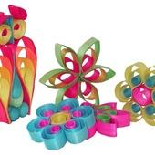 """🌱""""MIJU"""" FORÅRS- & PÅSKEPYNT 🌱 ☀️🐣☀️🌱☀️🐣☀️🌱☀️🐣 ☀️🌱☀️🐣☀️ 🌱☀️🐣☀️ FARVESTRÅLENDE STJERNER OG BLOMSTER lavet af indfarvet træspåner. Forskellige farver og former. Få mere inspiration på www.miju_julepynt.dk  Pynt op til foråret med farvestrålende pynt og blomster. Foråret er her nu. Jubiii!  #påskepynt #påskeæg #påskeæg🐣 #påskejagt #påske #pynt #bordpynt #julepynt #naturpynt #traditions #forår #kunst #shopping #type #shoppingonline #shoppingaddict #shoppingtime #håndlavet #håndværk #håndmalet #miju_julepynt"""